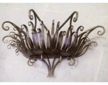 Кованая подставка под цветы, навесная, настенная