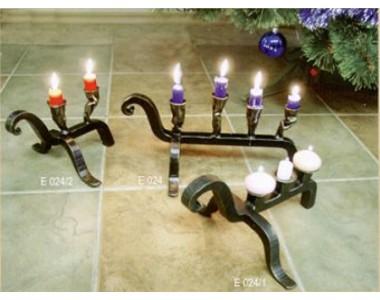 Кованый подсвечник на 3 свечи, настольный